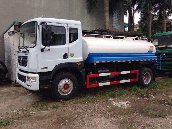 xe phun nước rửa đường tưới cây 9 khối Dongfeng