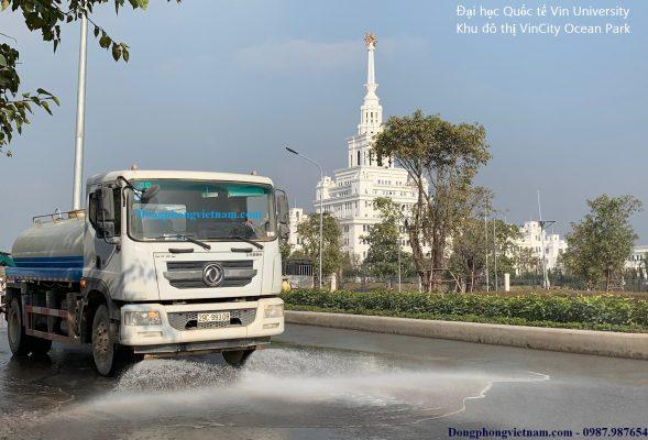 xe phun nước rửa đường tưới cây 9m3 DongFeng