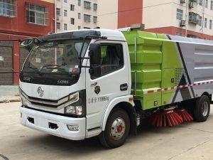 Xe quét đường hút bụi Dongfeng
