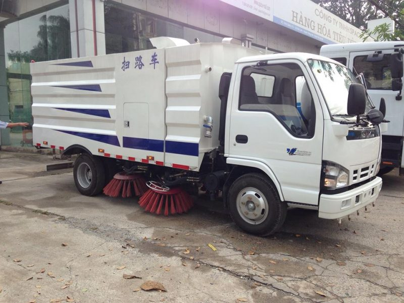 xe quét đường hút bụi isuzu nhập khẩu nguyên chiếc
