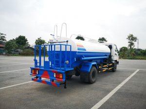 xe phun nước rửa đường tưới cây Huyndai HD800 - 7 khối