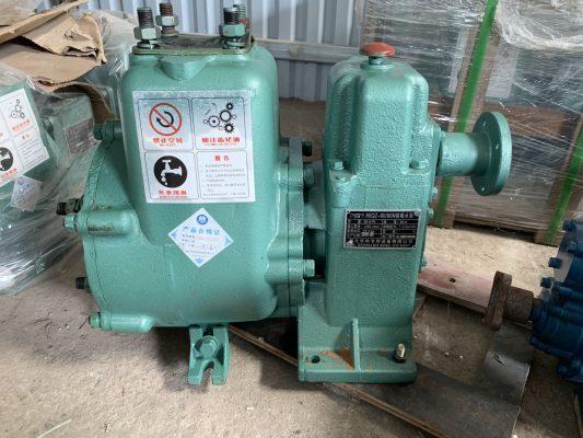máy bơm 60m3 của xe phun nước rửa đường tưới cây